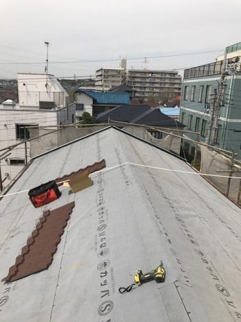 屋根改修工事 横浜市旭区施工中