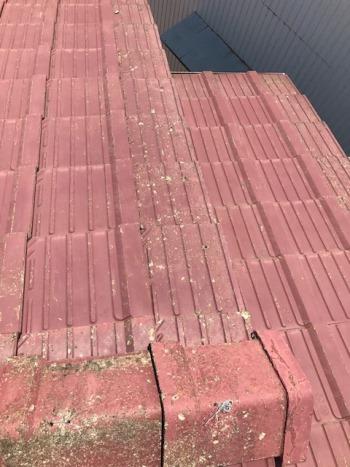 雨漏りの屋根修理